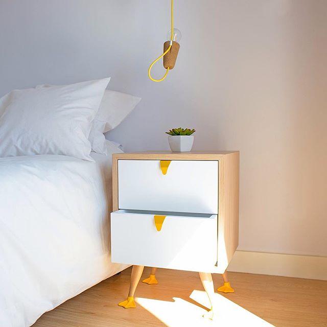 'Tio' end table and 'Sininho' lamp, fun-ctionality designed for Galula.  #mendesmacedo #mmdesign #mema #designstudio #productdesign #interior #furniture  #lighting #tioendtable #tio #sininho #sininholamp #lamp #cork #design #designers #madeinportugal #galula #porto #portugal