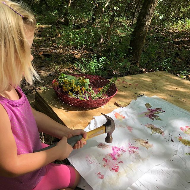 We worked on pressing flowers onto fabric today. One of my favorite things is preserving bright summer colors for winter projects. I loved how these turned out and the kids loved using hammers!  #knoxforestschool