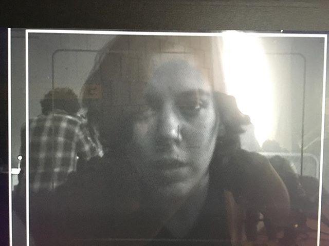 Inside the frameline . . . 📸 @desirapesta  #cinematographer #femalecinematographer  #s16mm #film #arri #416 #kodak #checking #for #flares