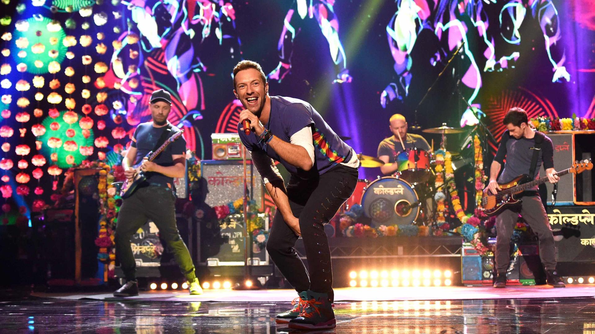 Coldplay_Live_Singapore (0-00-02-18).jpg