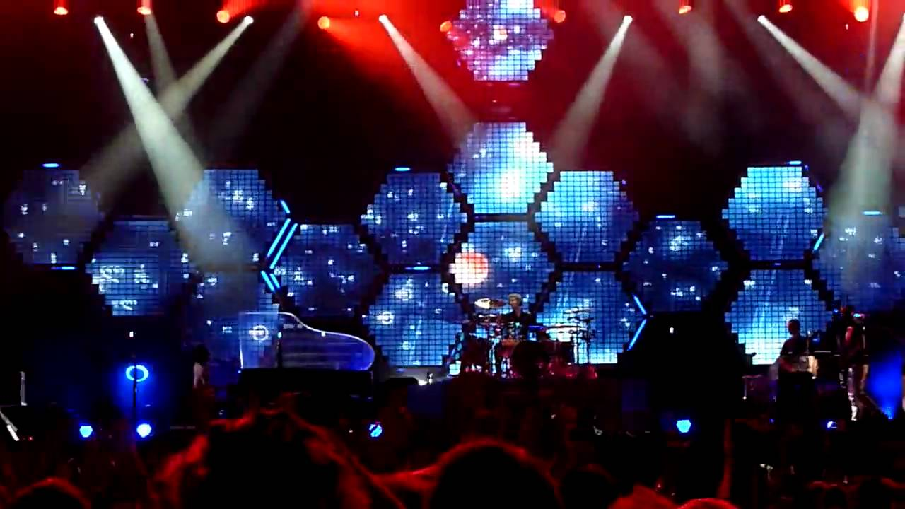 Muse - 'United States Of Eurasia' Tour Visuals