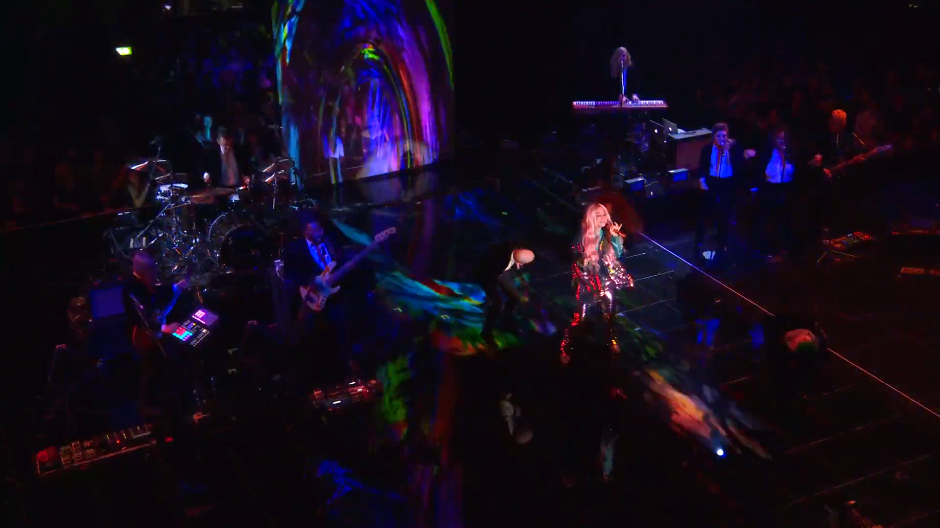 Kesha Performs 'Learn To Let Go'   MTV EMAs 2017   Live Performance - YouTube.00_01_02_23.Still005.png