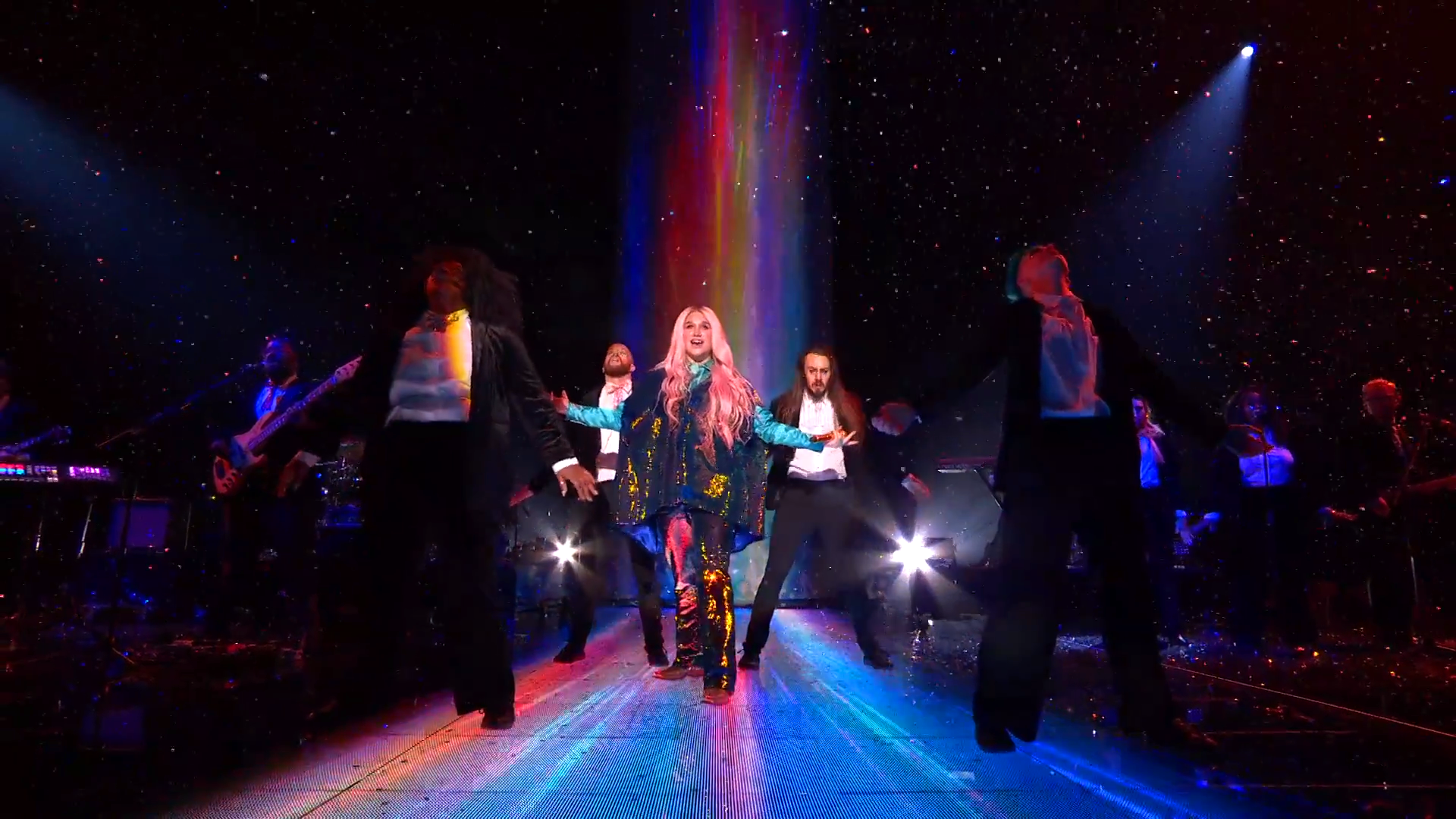 Kesha Performs 'Learn To Let Go'   MTV EMAs 2017   Live Performance - YouTube.00_03_33_17.Still015.png