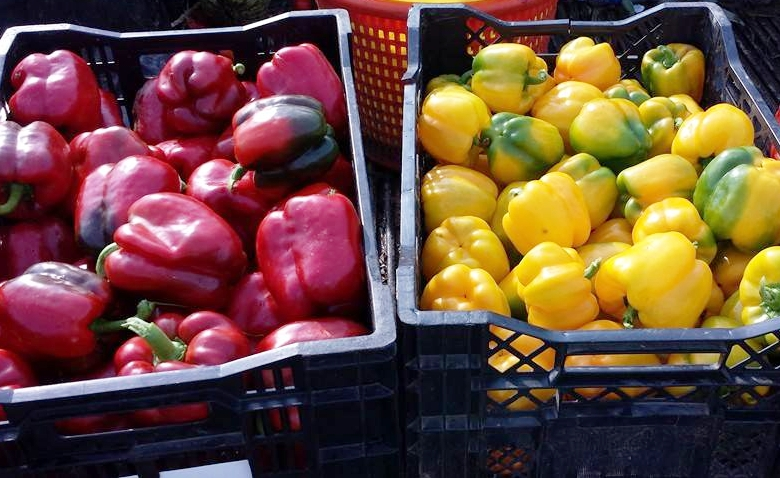 Valencia produce sweet peppers