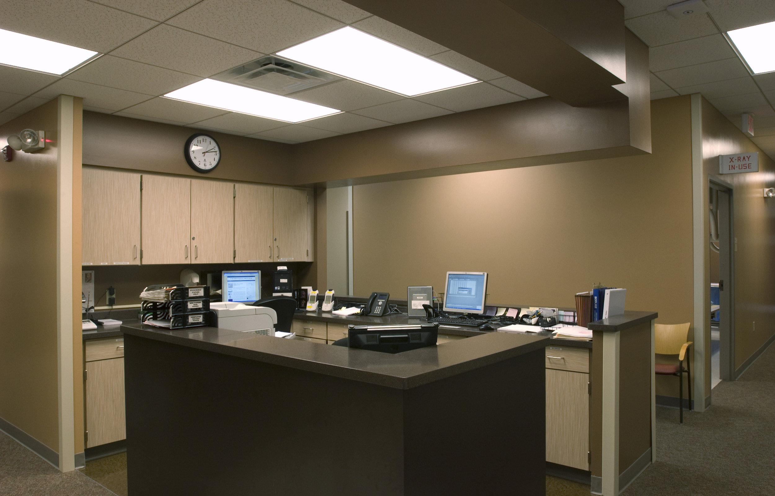 Nurses desk 07 10_#3C34.jpg