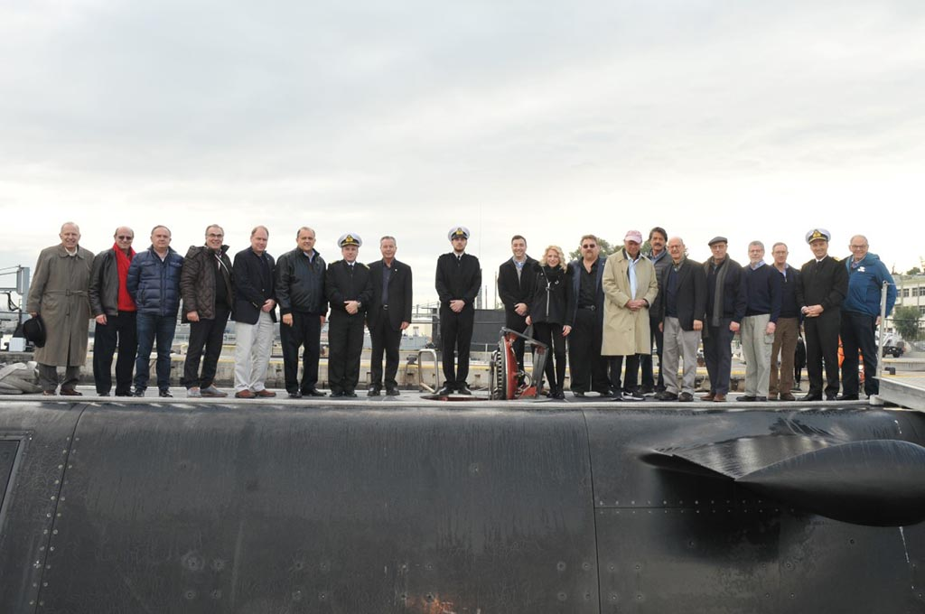 Delegation aboard the  Submarine Papanicolis  accompained by its commander, Commander Dimitris Bogiatzis.