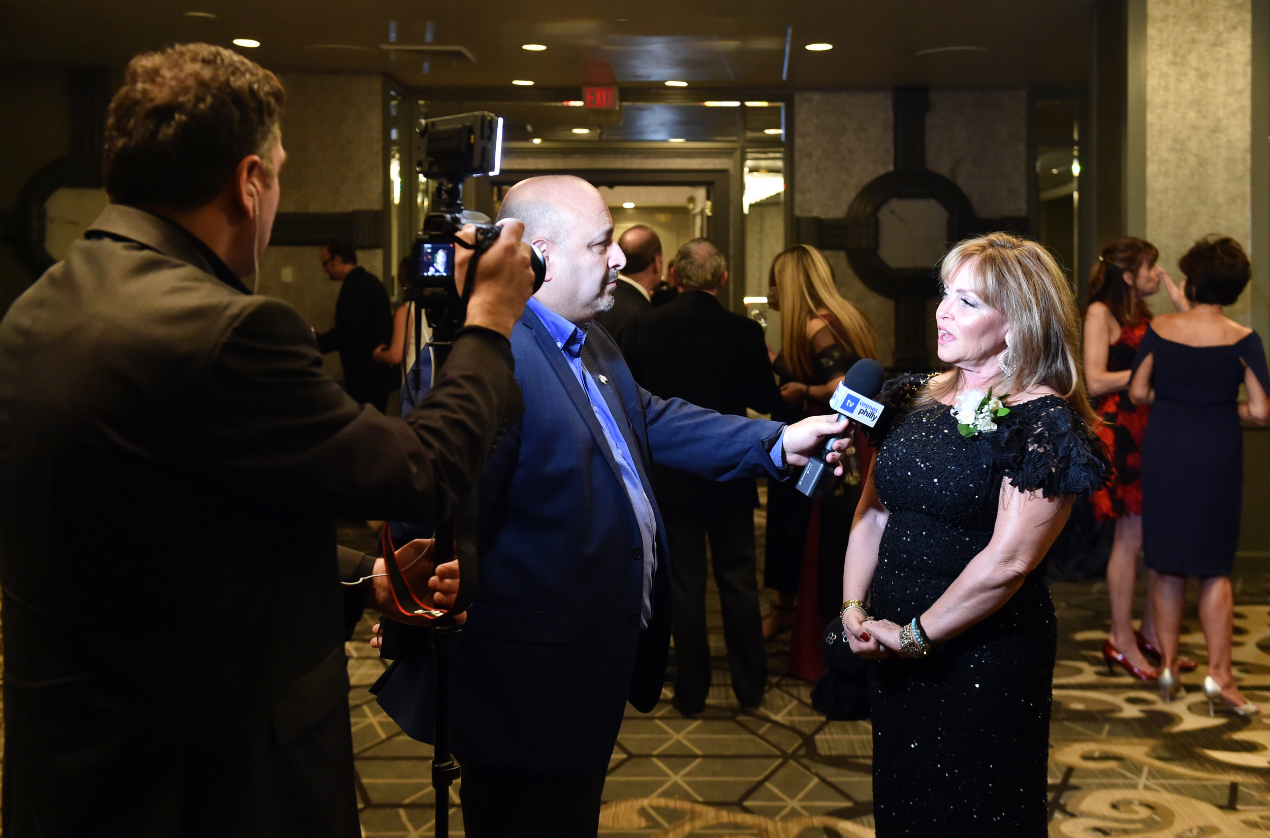 Cosmos Philly  interviews Nancy Papaioannou.