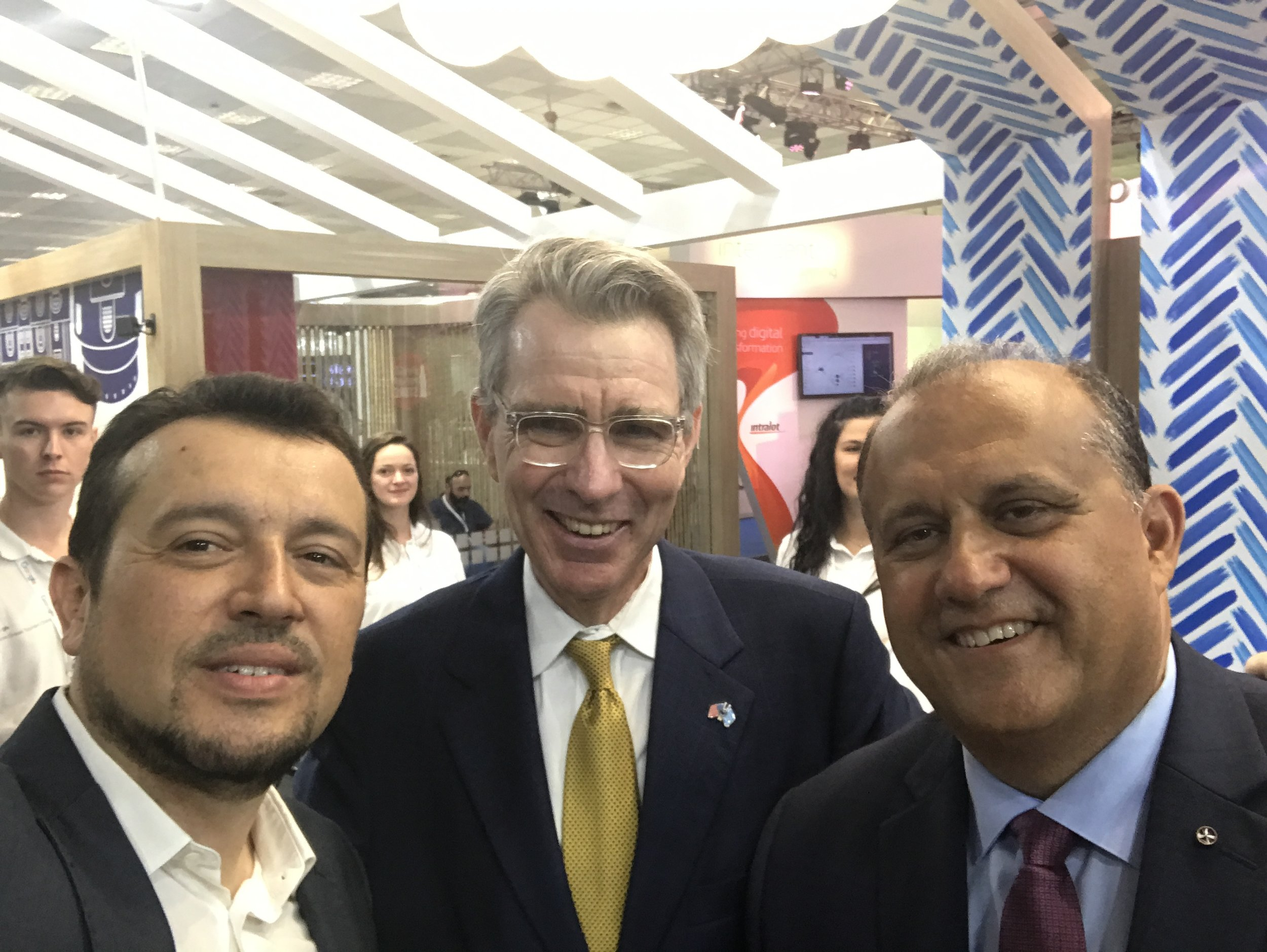 (L-R) Minister Nikos Pappas, Minister of Digital Policy, Telecommunications and Information; US Ambassador to Greece, Geoffrey Pyatt; and AHI President, Nick Larigakis at the U.S. pavilion.