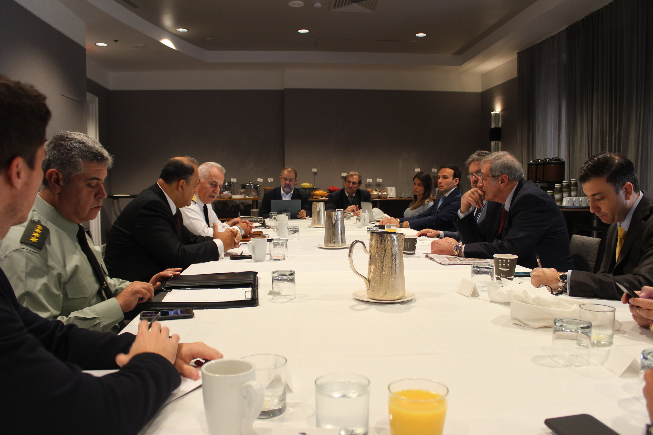 Admiral Apostolakis speaks about improved US-Greek relations with local Greek-Americans.