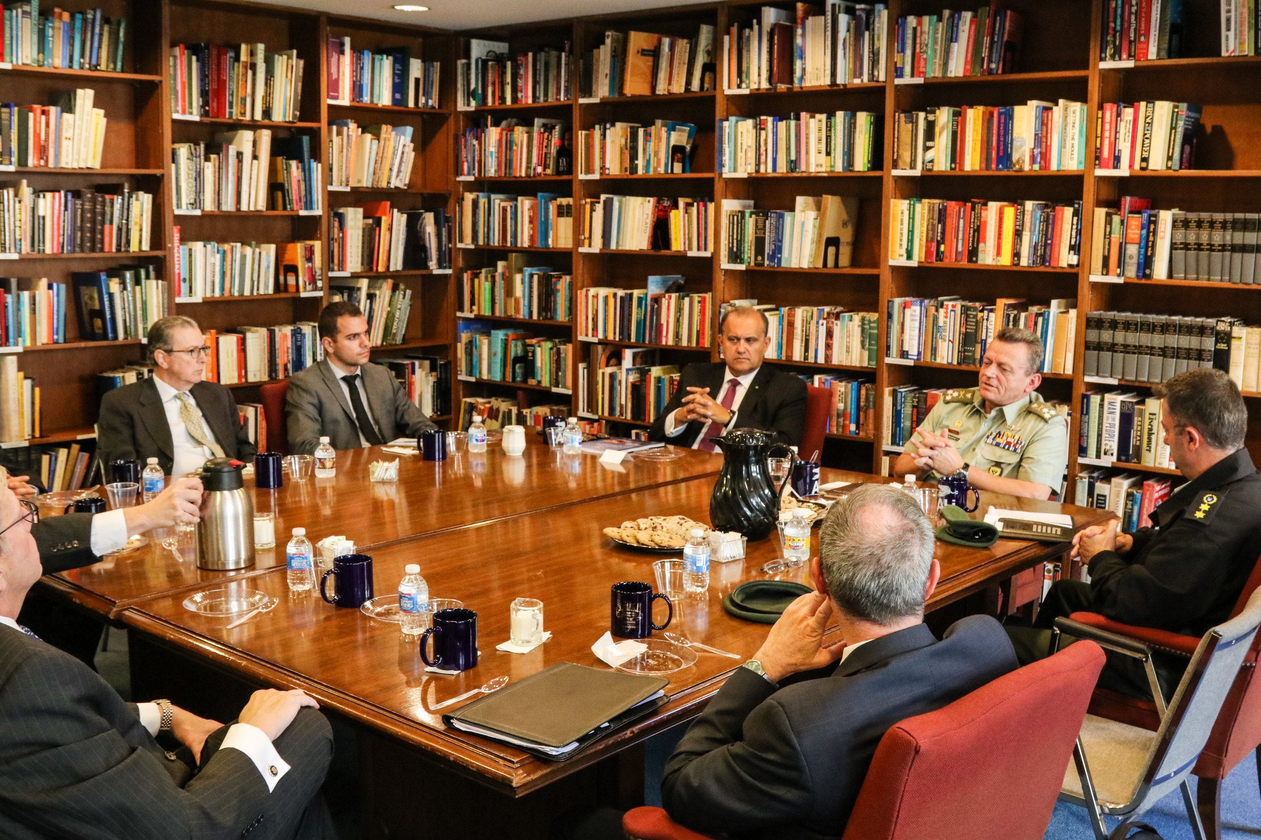 Lt. General Leontaris discusses the improved relations between Cyprus and the United States during a visit to Hellenic House.