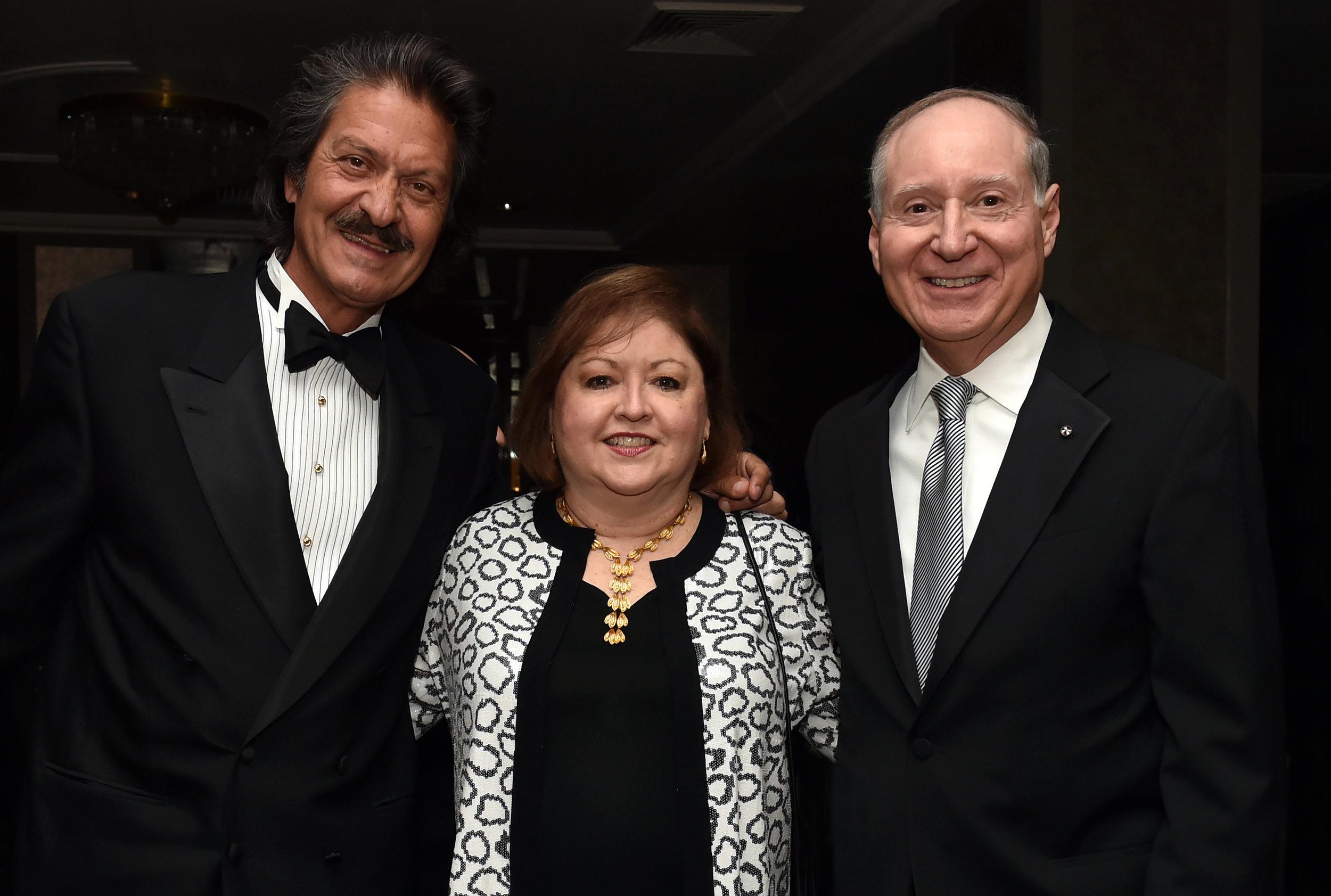 AHI Board Members Kostas Alexakis and John Alahouzos with his wife Diane
