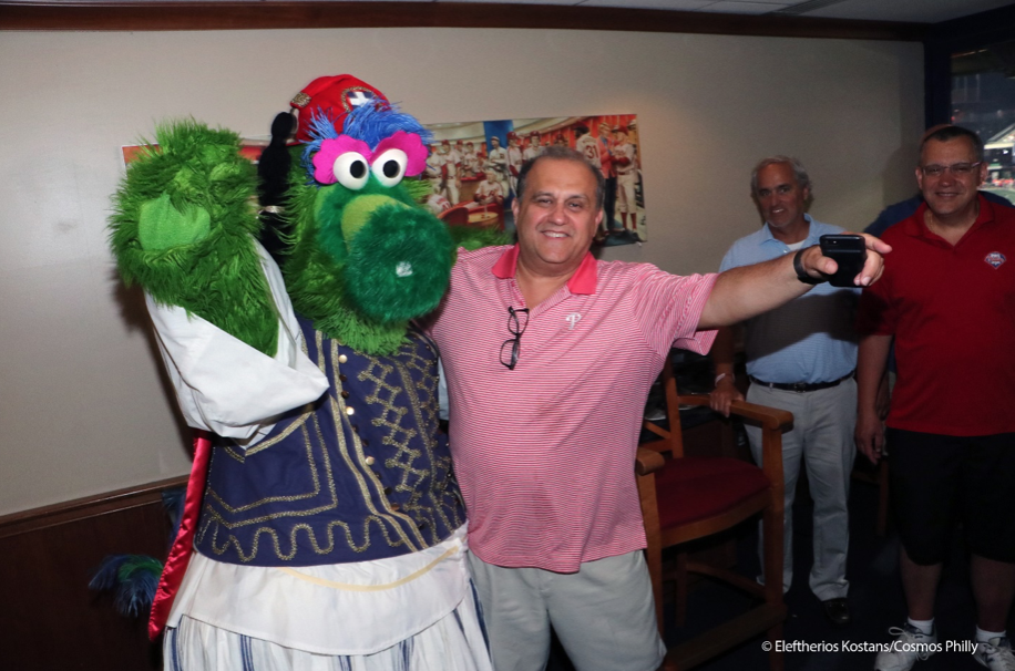 Nick Larigakis with Phillies Phanatic in Evzone attire (courtesy of cosmosphilly.com)