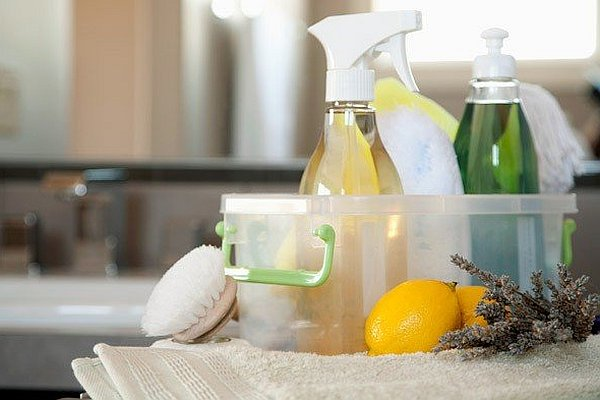 natural-home-cleaning-products.jpg