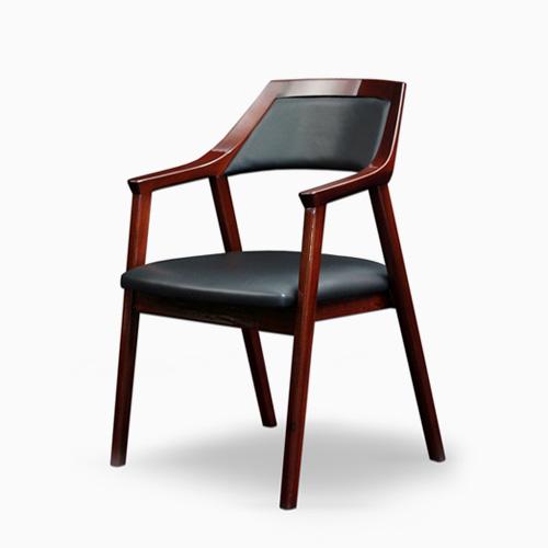 Quattro | Chair