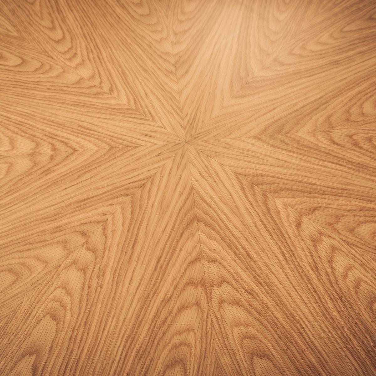 Radial Oak