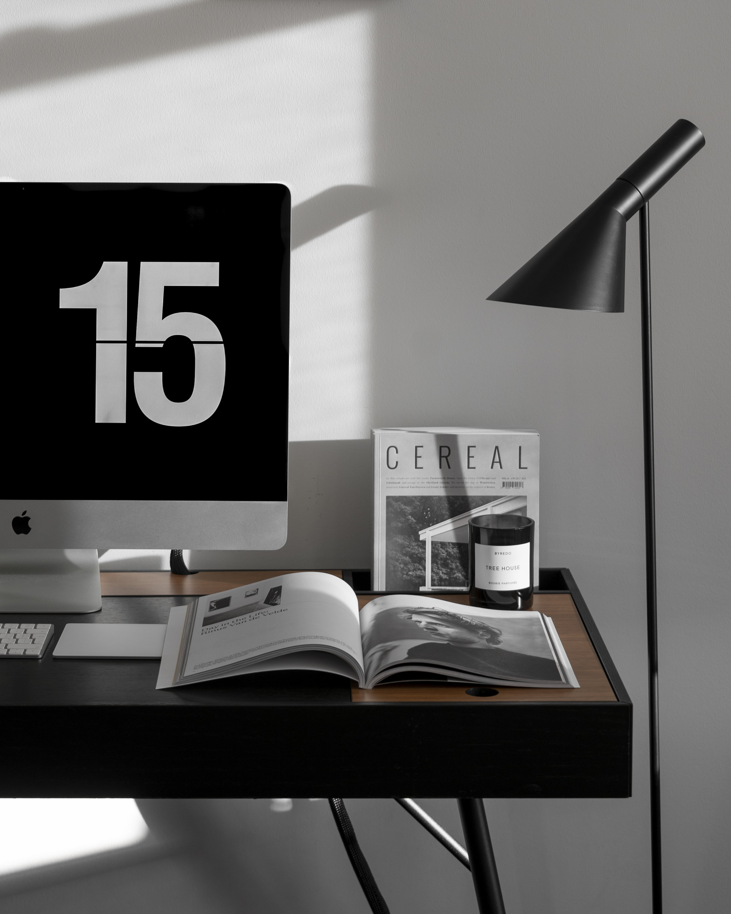 reading desk - with BoConcept