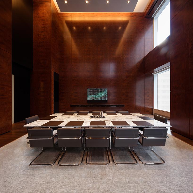 432-park-avenue-rafael-vinoly-skyscraper-interiors-new-york-designboom-11.jpg
