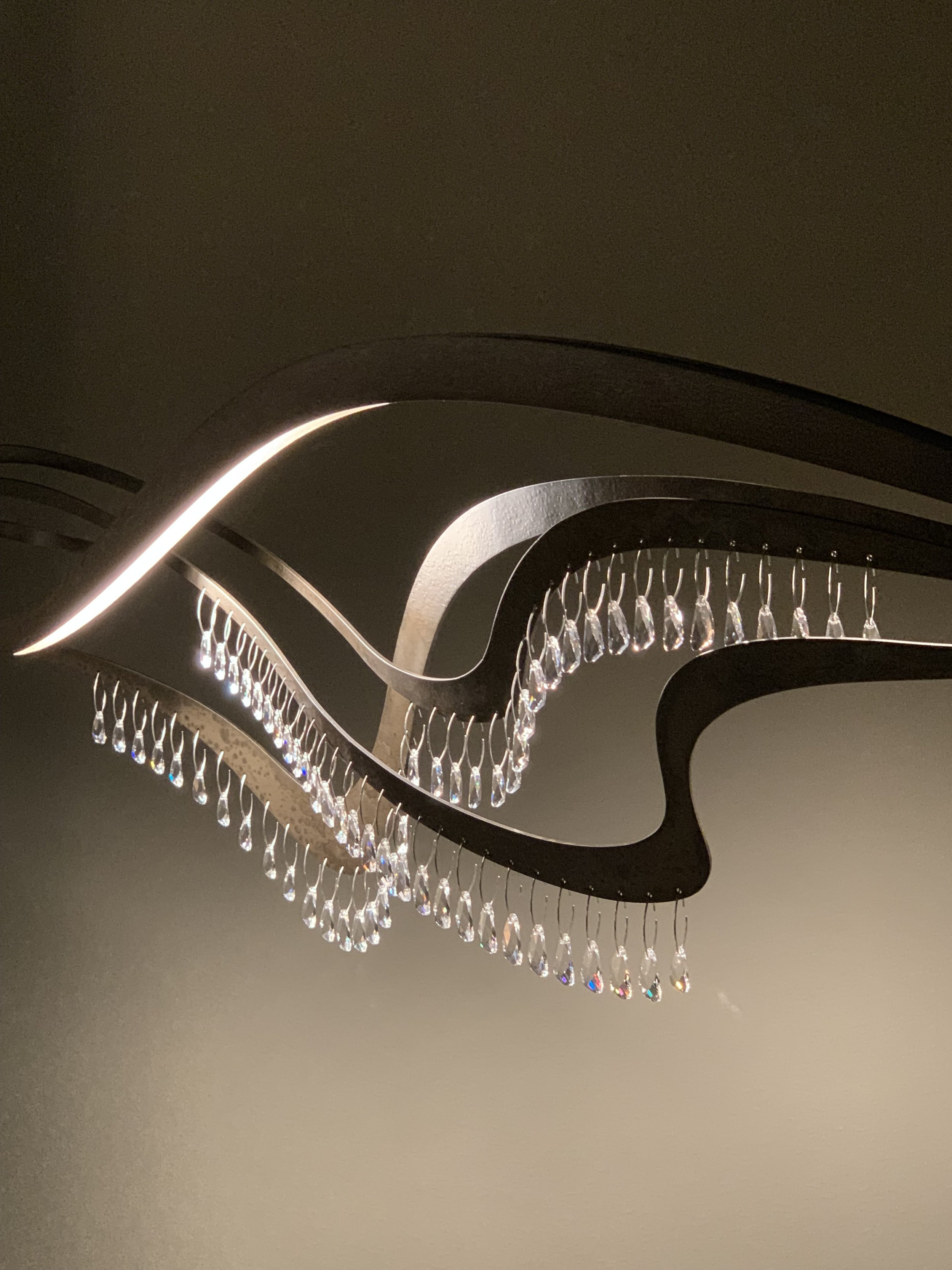 New lighting fixture from Hubbardton Forge's SYNCHRONICITY collection, photo by Leslie Carothers .jpg