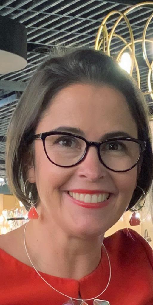 Well known lighting designer for George Kovacs lighting, Alecia Wesner at January 2019 Lightovation at Dallas Market Center .JPG
