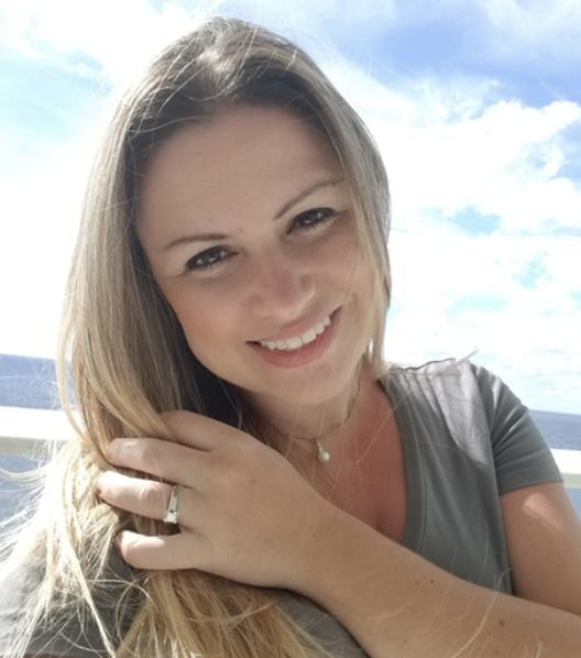 Jenna Gaidusek headshot
