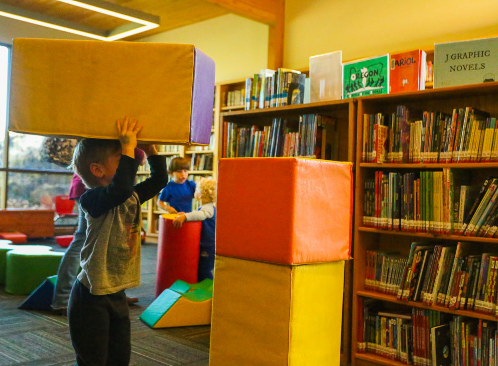The Dalles Library Oregon Books Storytime Kids Education Things to do Kid Zone Playtime Reading Skills Develoment Community Toddlers Public Library-27.jpg