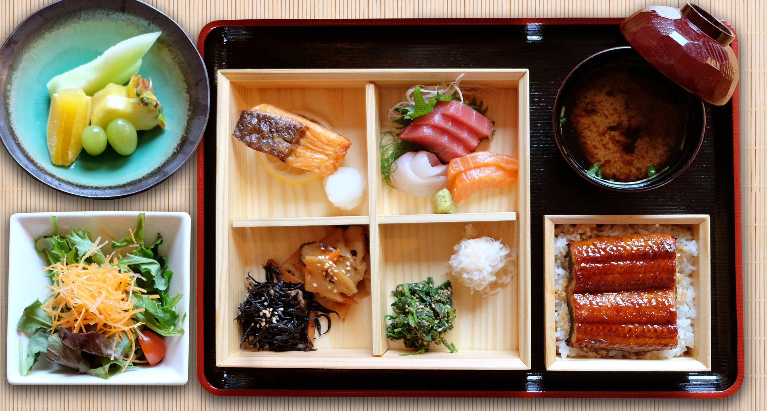 Lunch Special – Sashimi Bento Box with choice of main dish