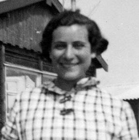 Anni Bober