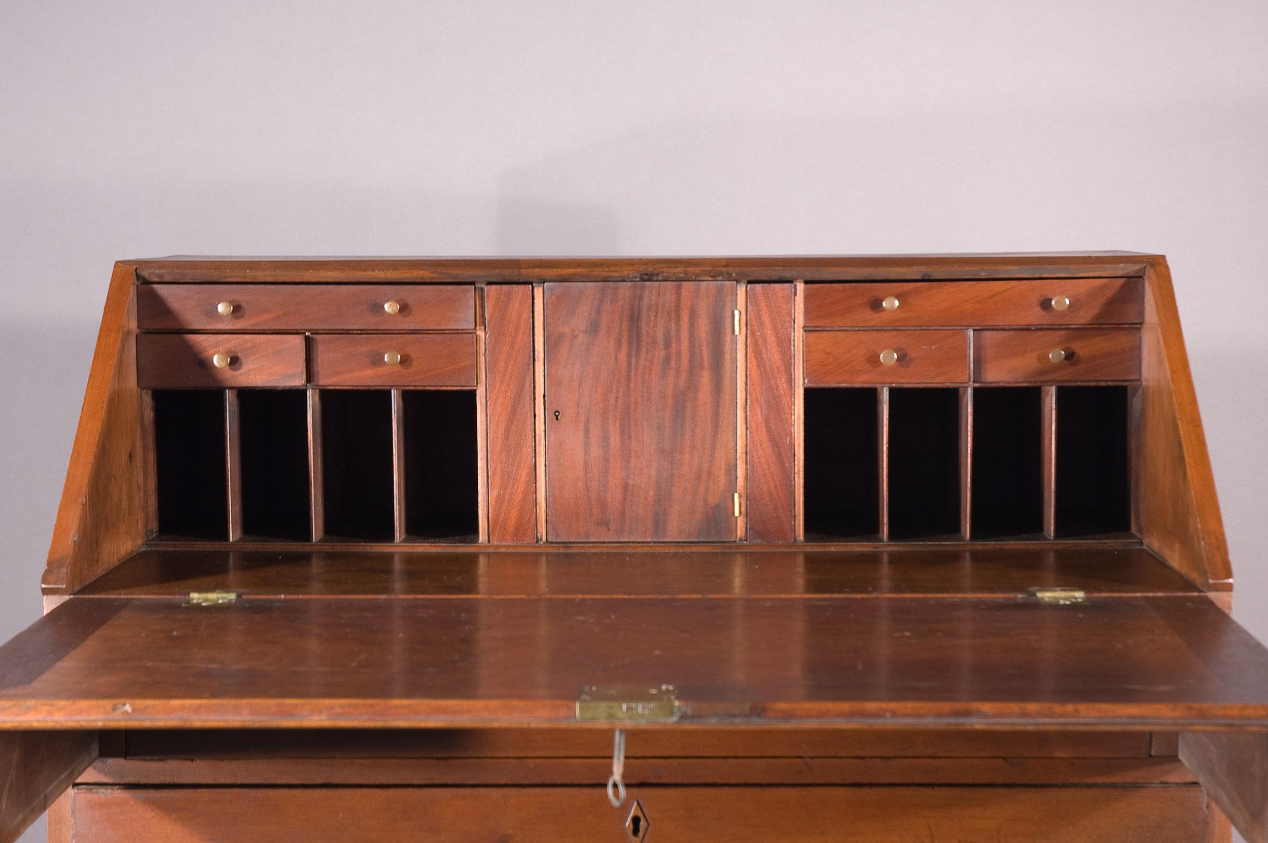 NJ_Desk-10-After