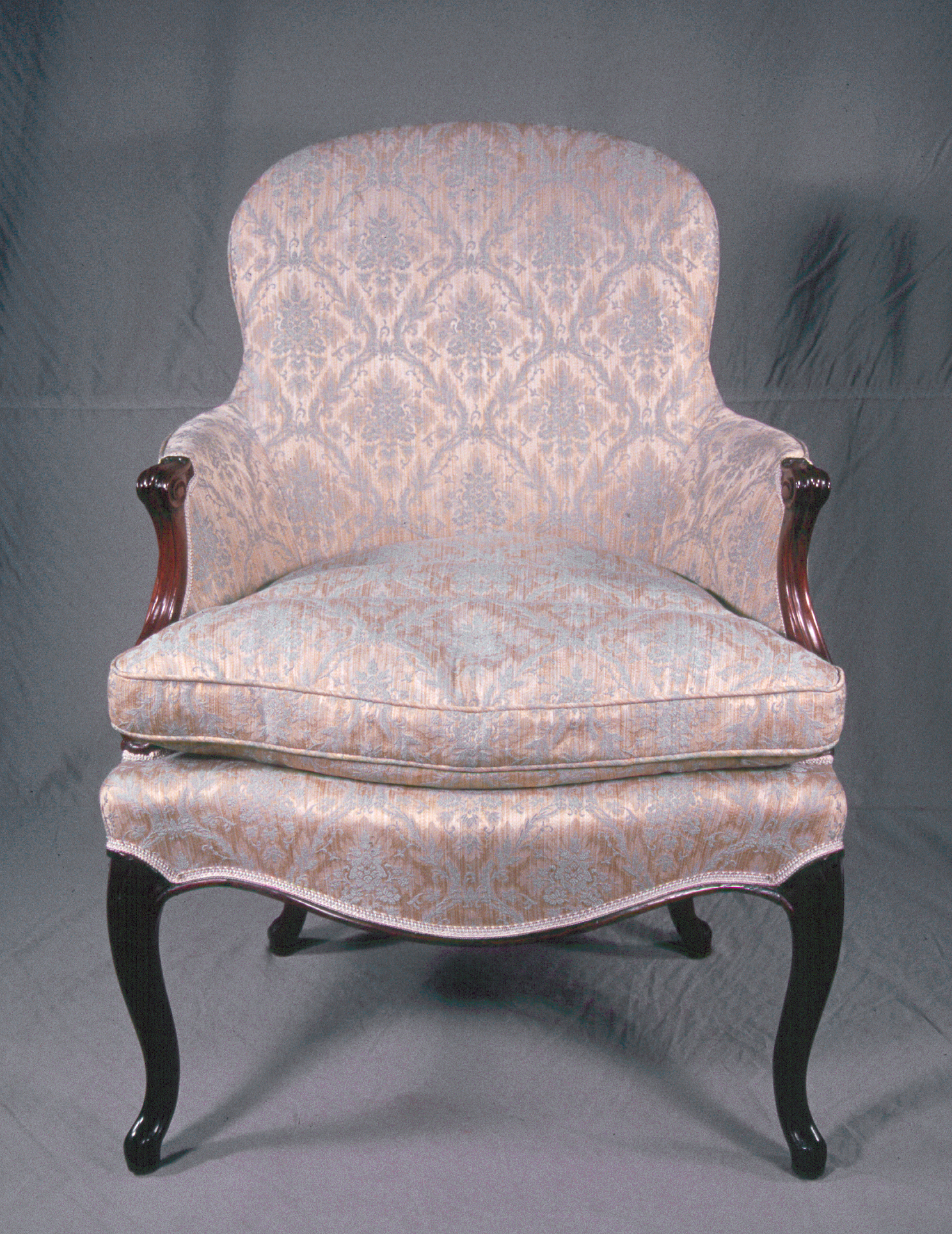 c18th_Cen_Arm_Chair-01-BT