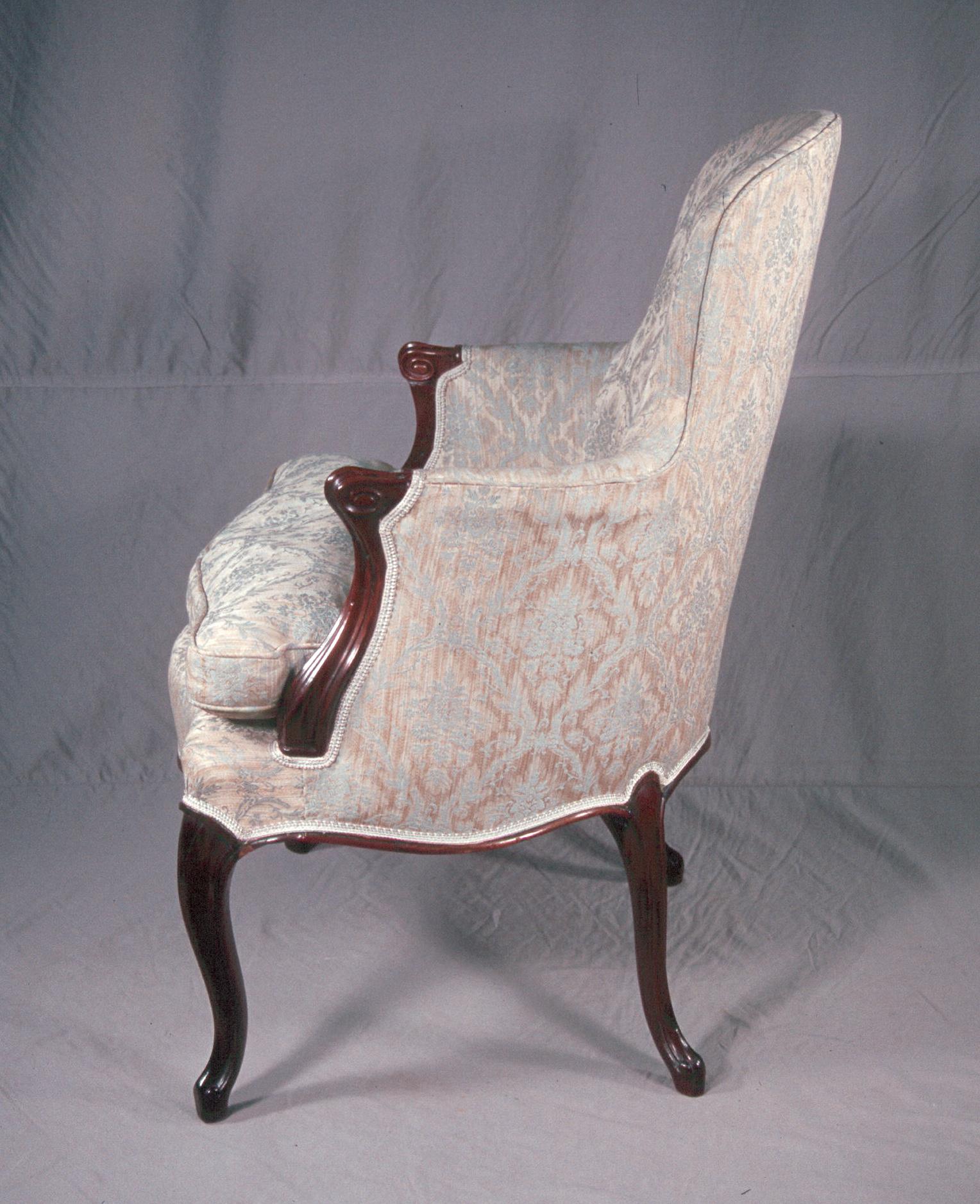c18th_Cen_Arm_Chair-02-BT
