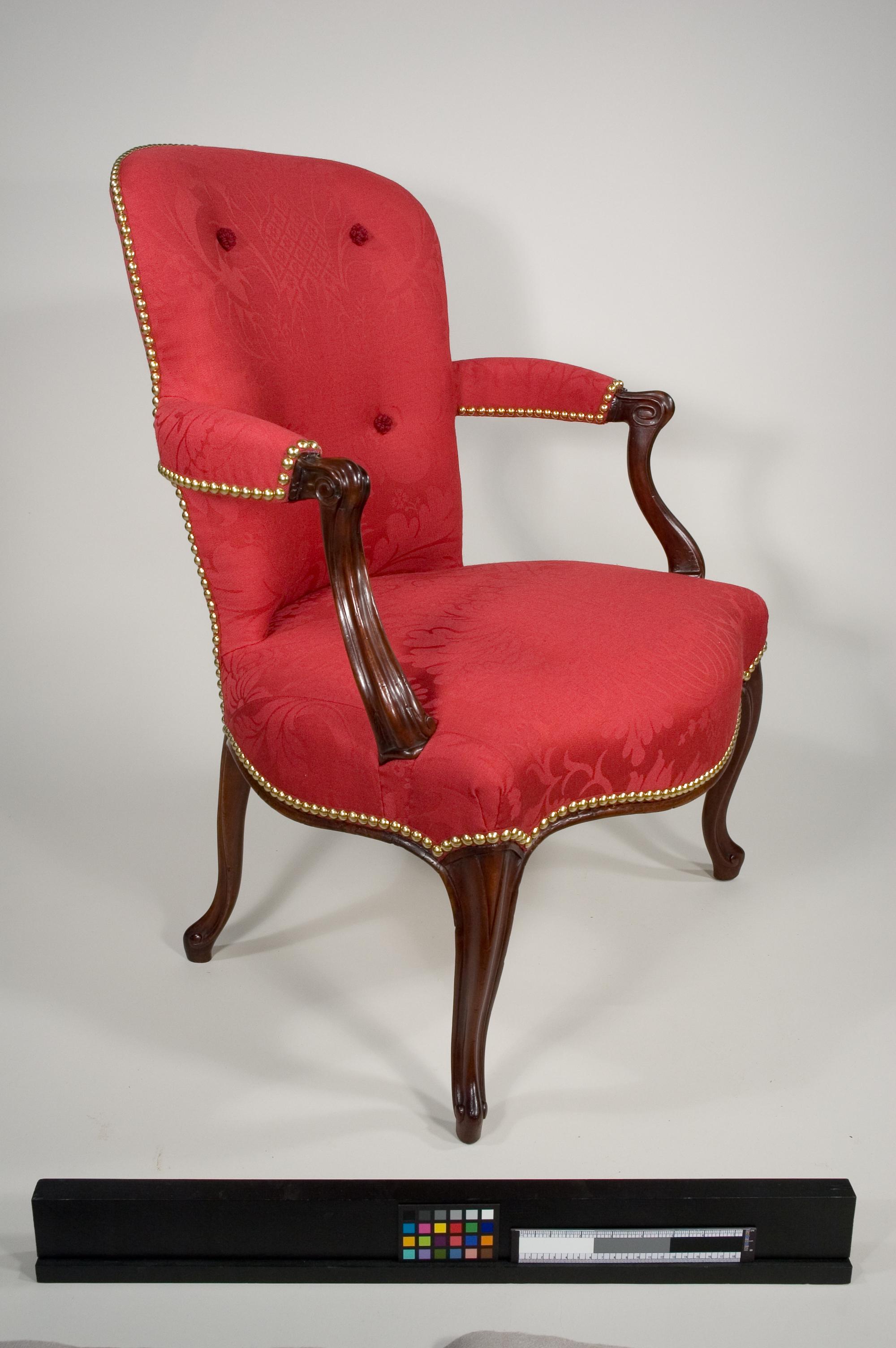 c18th_Cen_Arm_Chair-08-AT