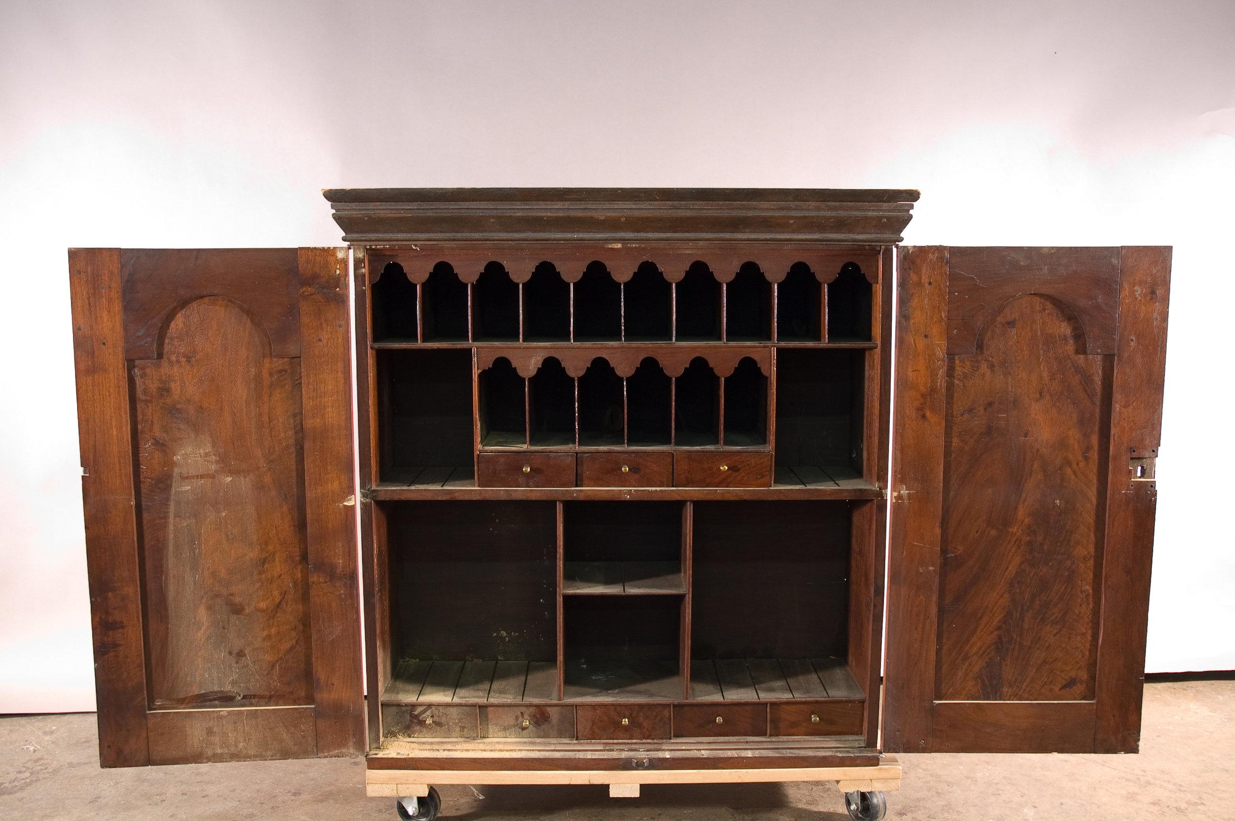 VA_desk_&_bookcase-04-before