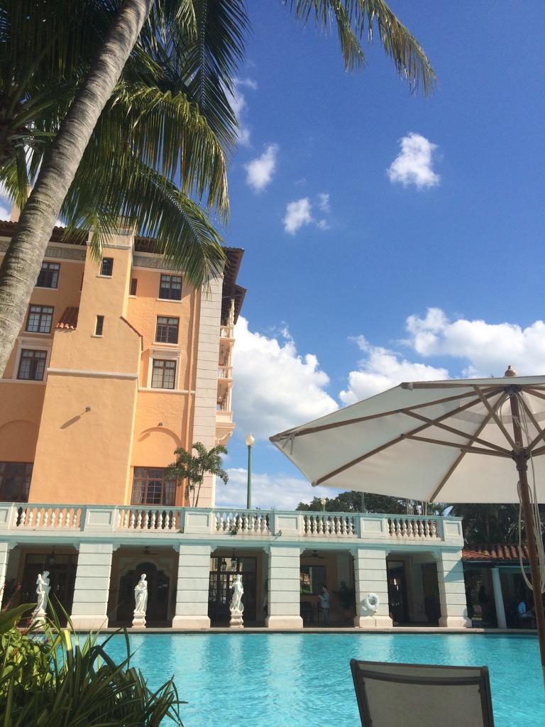 Photo_Miami_Poolside.jpg