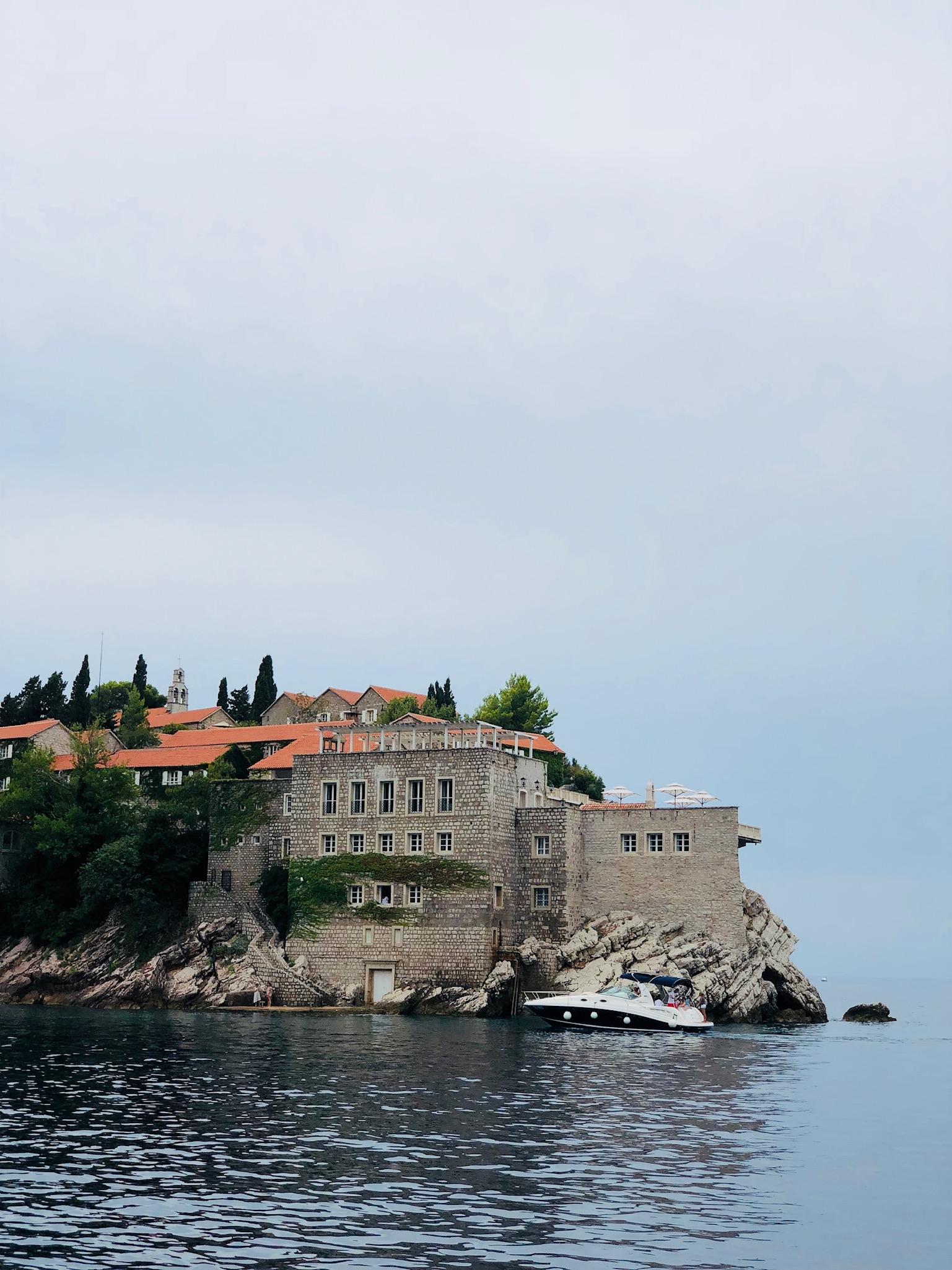 Photo_Montenegro_Aman.jpg