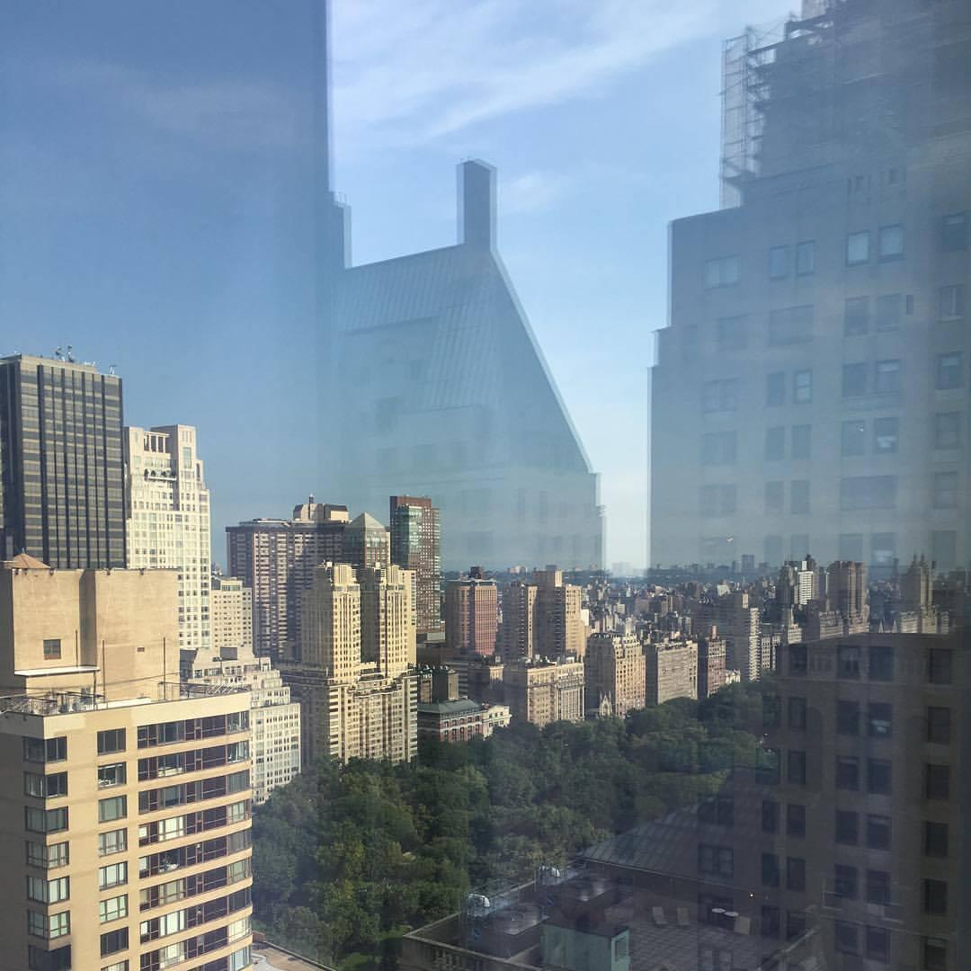 Photo_NYC_ReflectedView.jpg