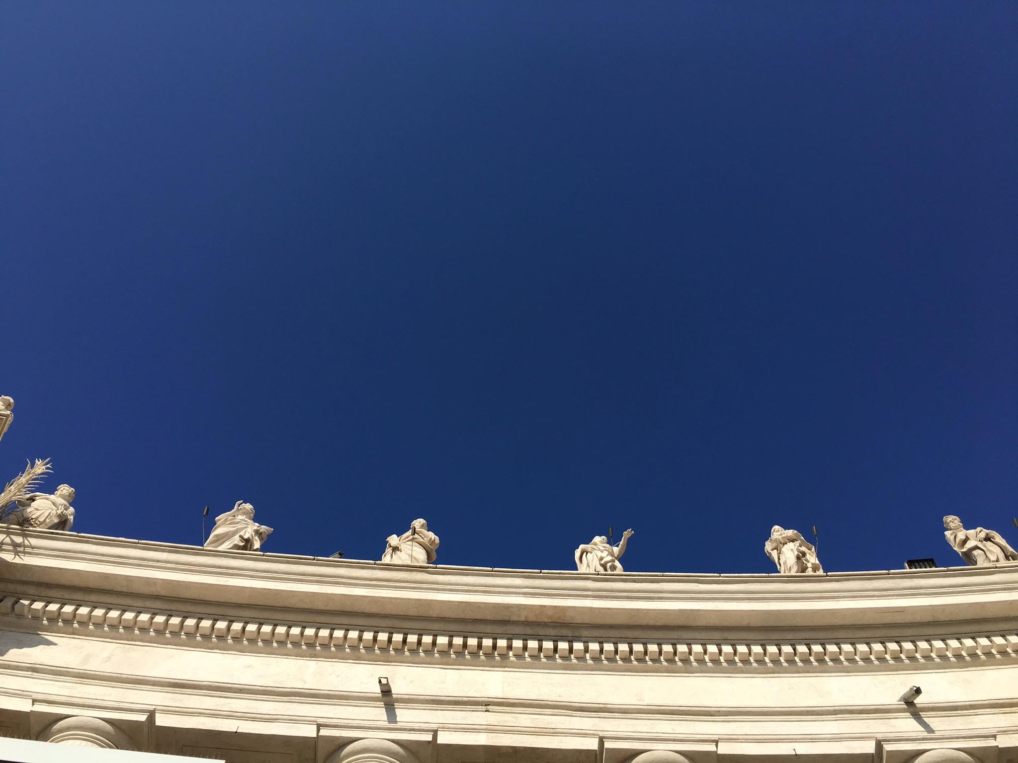 Photo_Rome_St.Peters_Roofline.jpg
