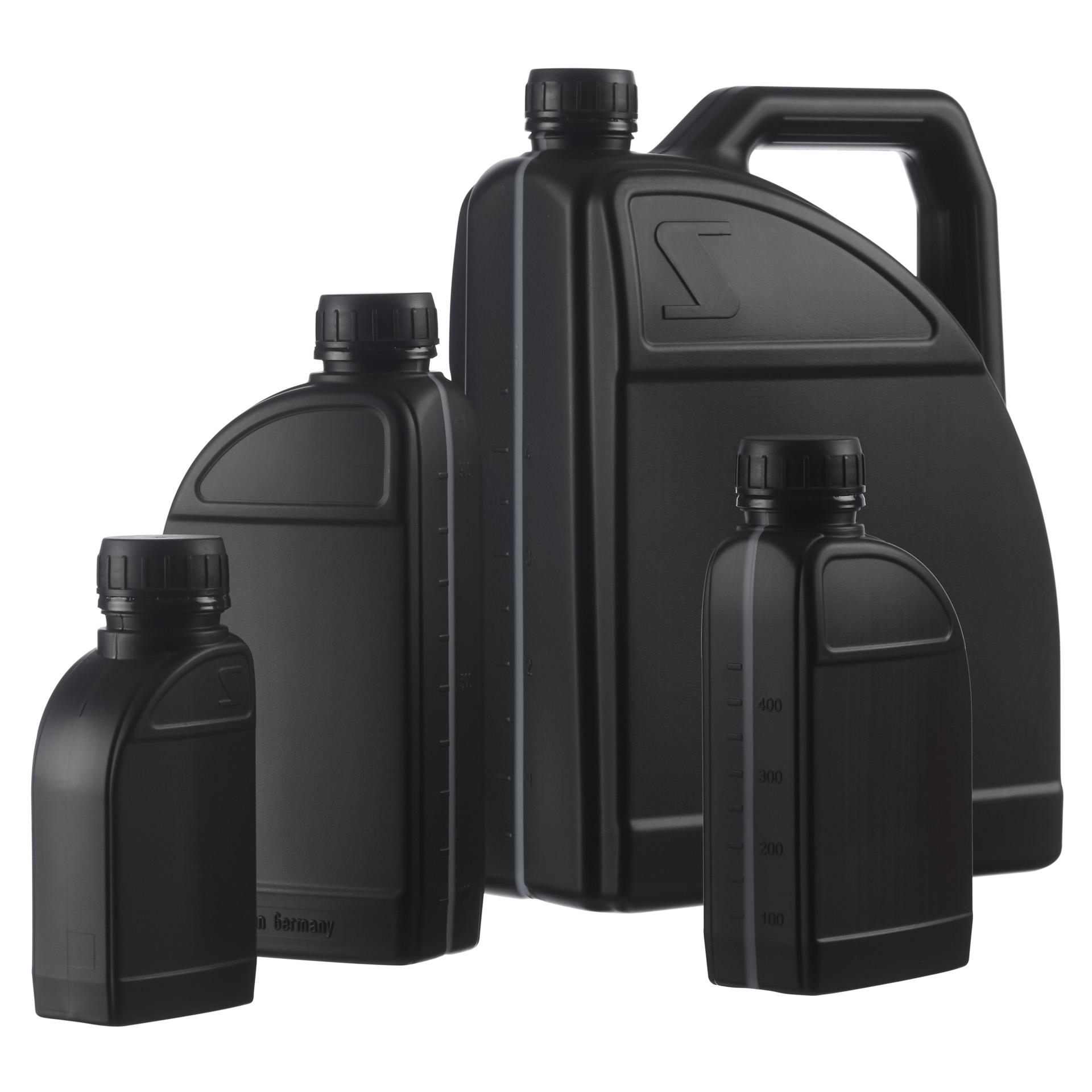 Product foto van collectie zwarte jerrycans voor webshop