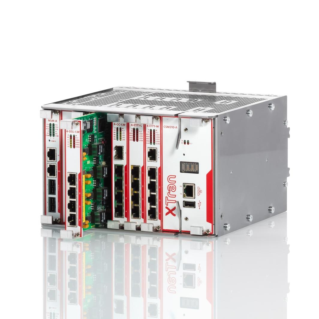 Product foto van ethernet switch op glanzende ondergrond