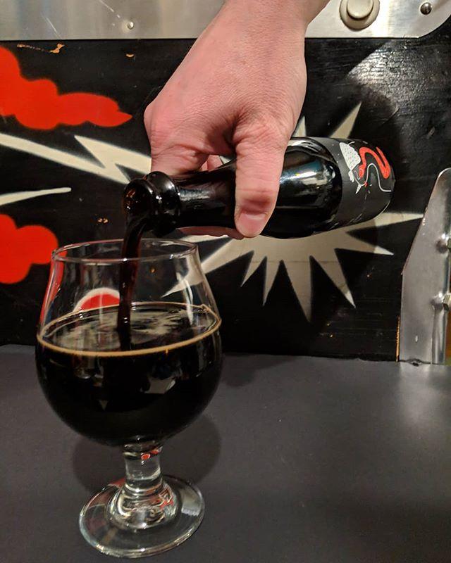 @collectivebrew & @kexbrewing_ collab origin of darkness! So good. Amazingly smooth... . . . . #cheers #beerstagram #beers #beer #imperialstout #barrelagedbeer #barrelaged #timetodoatest