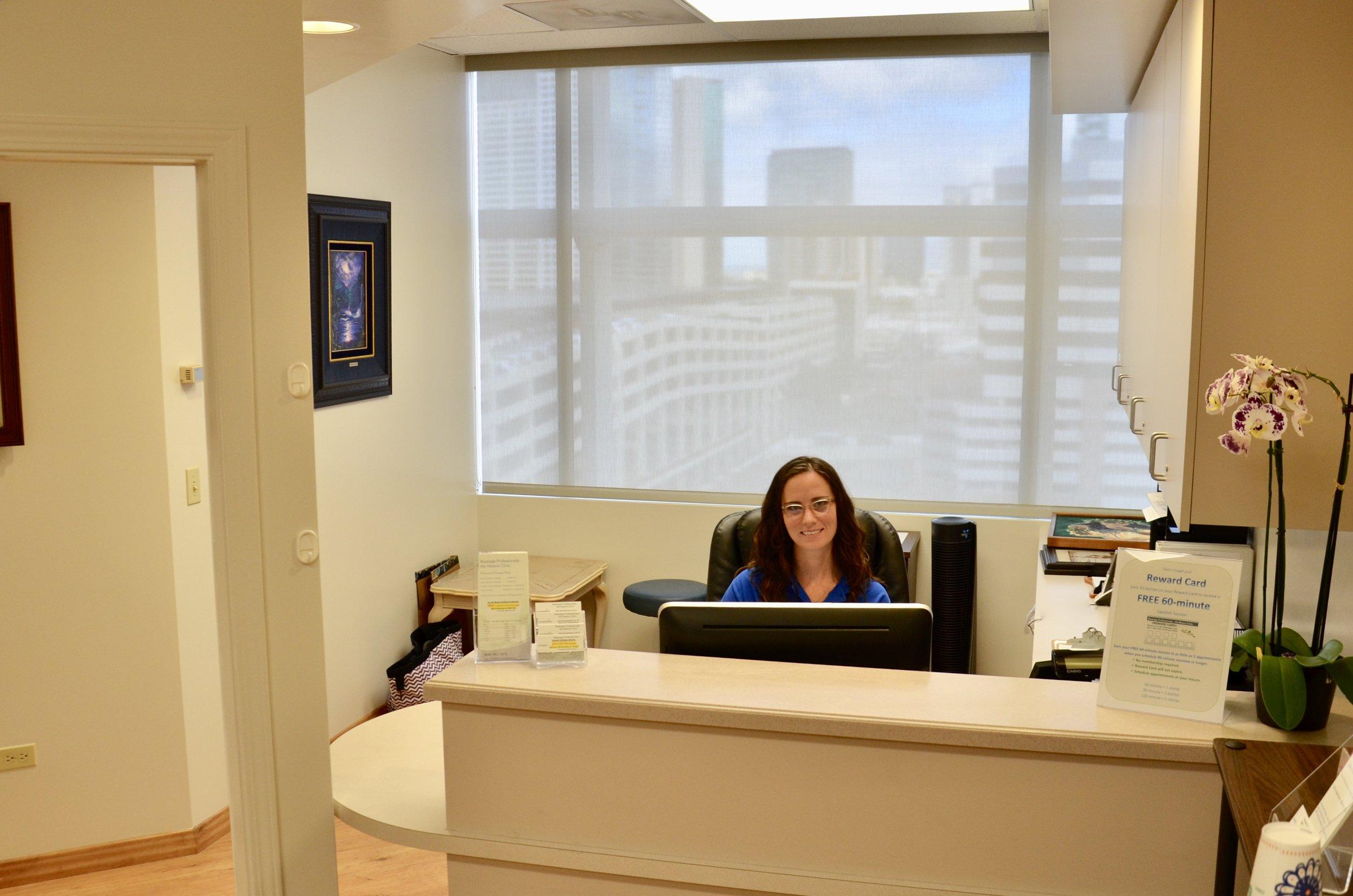 Ala Moana Clinic Front Desk.jpg