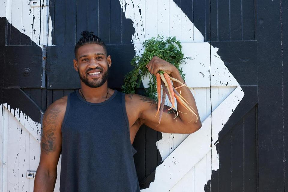 Shining the light on badass plant-eating athletes, like former NFL lineman and vegan David Carter, can help men get past the hang-up of thinking only real men eat meat. Credit: Daniella Hehmann.