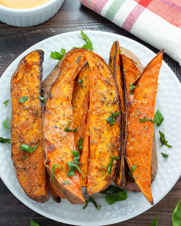 Serve these healthy baked fries with a chipotle aioli or homemade ketchup. You could even try a sweet potato poutine for a spin on a Canadian favorite. Photo source:  Baker by Nature