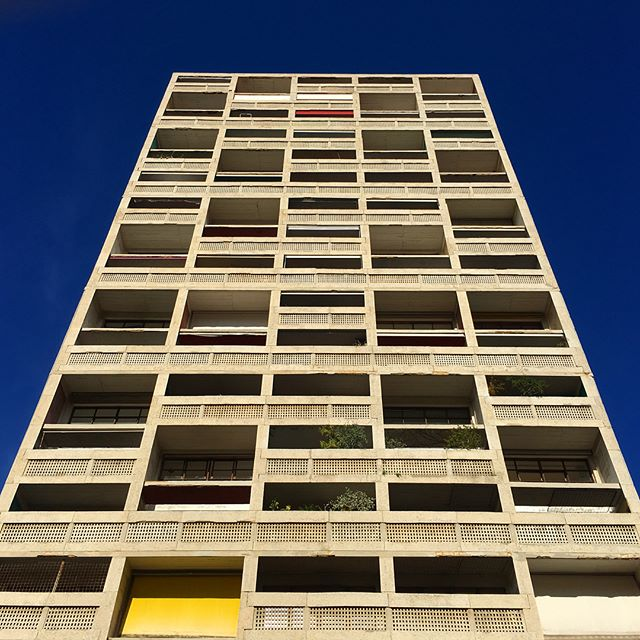Le Corbusier - Unité d'habitation (La cité radieuse) #lecorbusier #brutalism #marseille