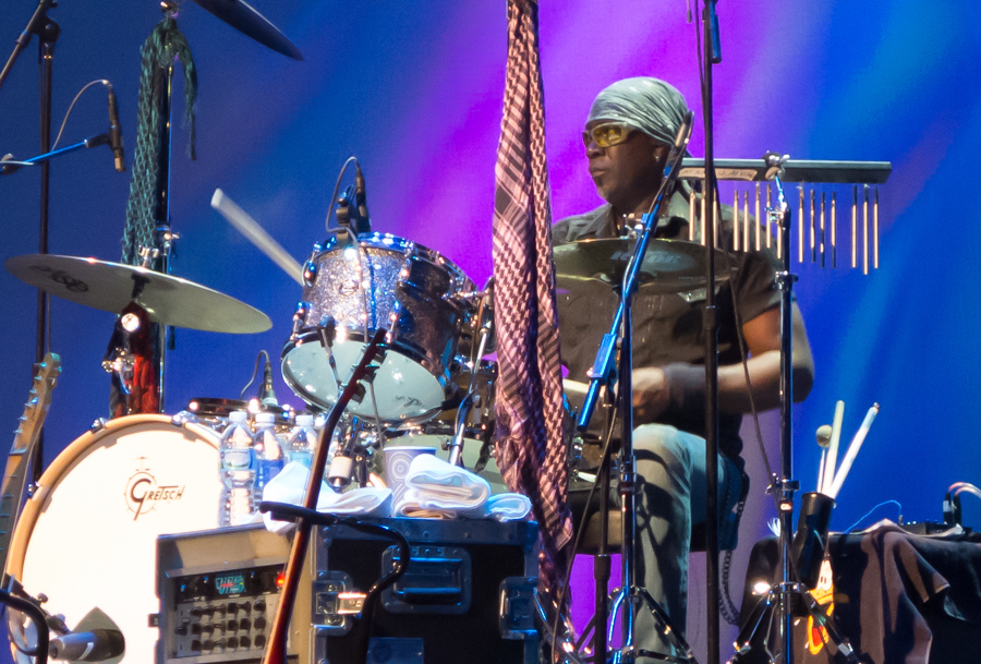"Alvino Bennett - DRUMSChicago native, Alvino began playing drums at the age of 10 with the William Penn Elementary School drum and bugle corps. Soon after, he was keeping rhythm for various local bands, and by the age of 14 Bennett began traveling the country, working the club circuit. At 17, he was spotted, approached and asked to play with blues legend KoKo Taylor. Around the same time, Bennett had opportunities to play with many other blues and R&B luminaries like Willie Dixon, Muddy Waters, Cash McCall, and Mighty Joe Young, just to name a few.In 1974, Bennett was asked to tour with the late great songstress, Minnie Riperton. Touring with Riperton opened the doors for many other projects, including working with Gong Show Guest, Jaye P. Morgan and Motown's best kept secret, The Originals. In addition, Alvino also worked with the The Sylvers and recorded with other leading Motown artists.Bennett hit on one of the biggest projects of his career in 1978 when he joined the million-unit selling R&B band, ""L.T.D."". Bennett's awesome reputation spread and he became a highly sought after drummer. Alvino has played with music legends like Cheryl Lynn, Chaka Khan, Stevie Wonder, Kenny Loggins, Bryan Ferry, Robin Trower, Sheena Easton, Slash's Blues Ball, Patrice Rushen, Little Richard, Bo Diddley... and many more.When not on tour, Bennett writes and produces his own music and also works with other artists."