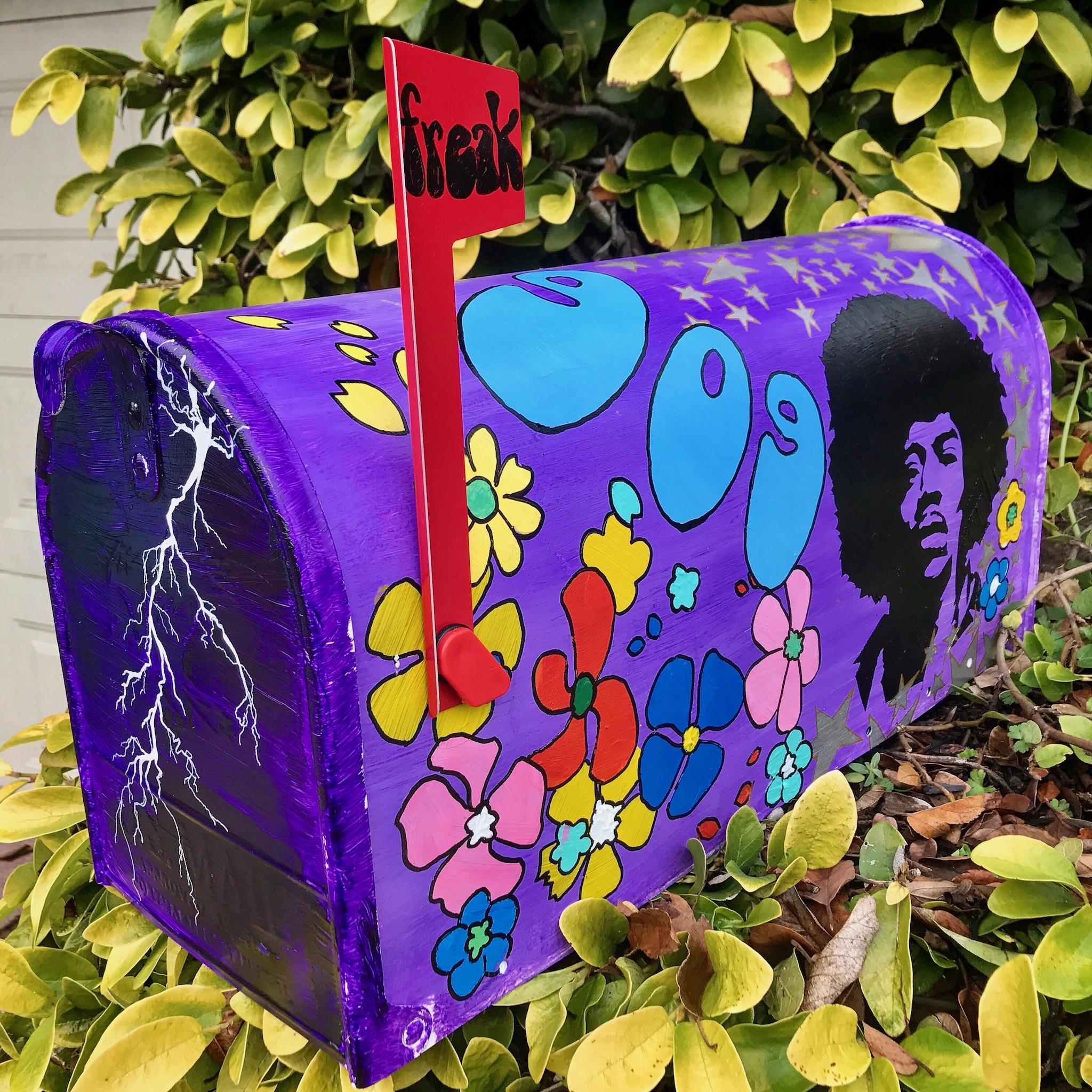 Ian's home mailbox