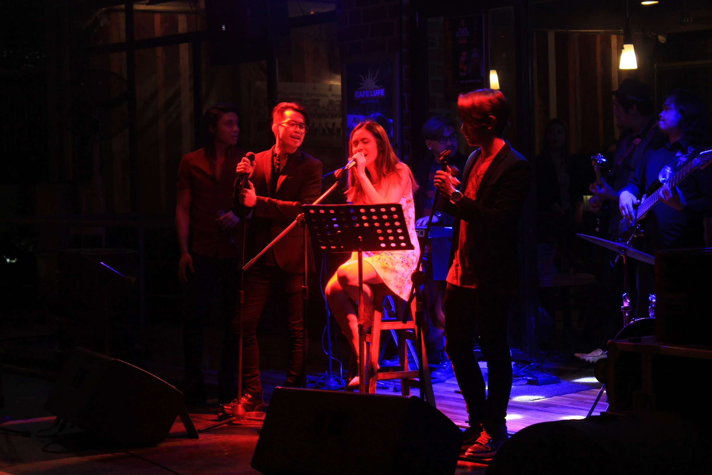 live-band-1-cafe-lupe-antipolo
