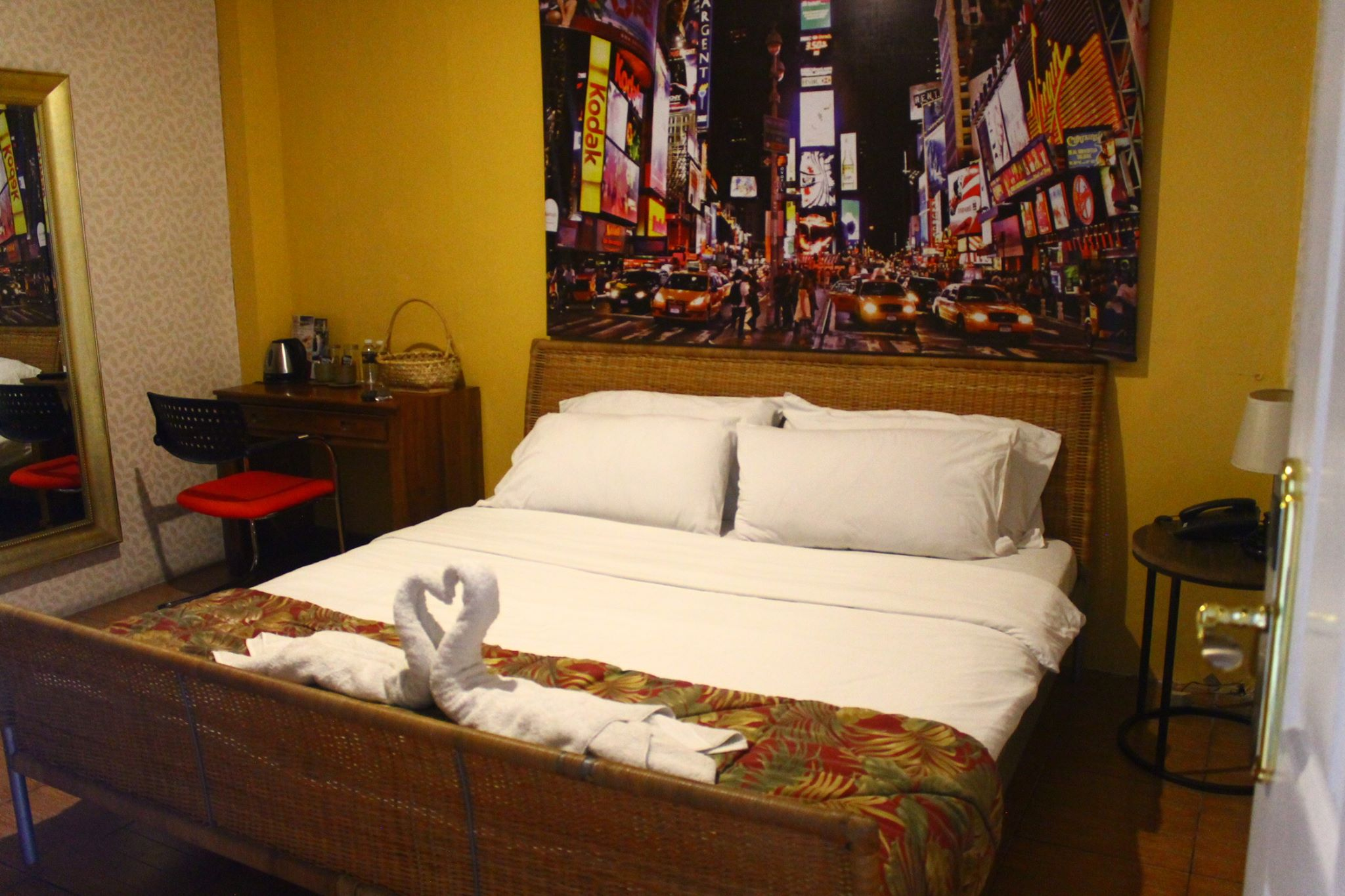 Room Type:  King Bed (3 pax)   Sun-Thurs:  Php 4,620   Fri,Sat & Holidays:  Php 5,830
