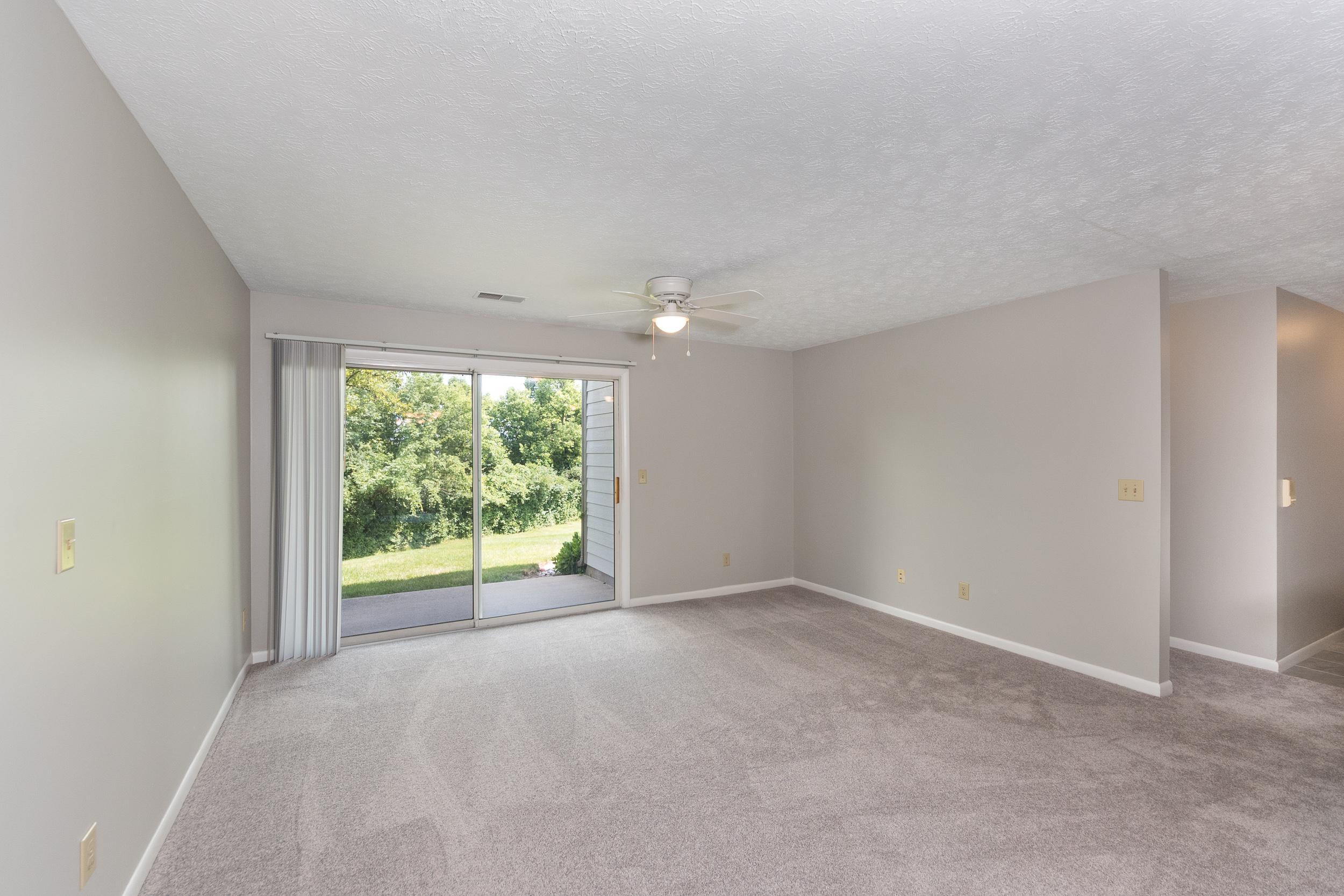 8846 Eagleview Interior (5).jpg