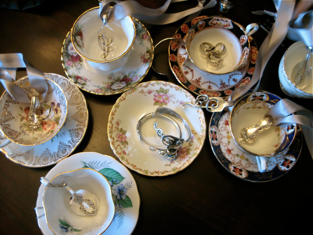 misc. pieces on teacups.jpeg