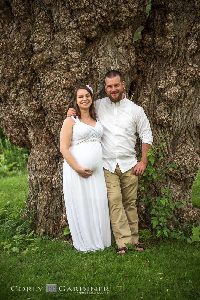 Emma and Thomas Maternity Web Size-42.jpg
